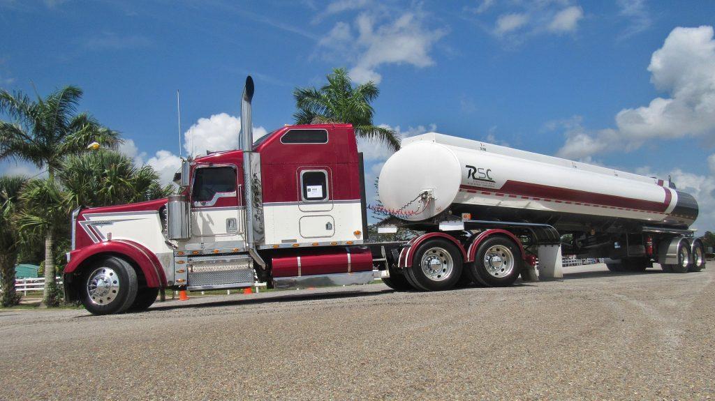 Importación de camiones, homologación de camiones importados americanos